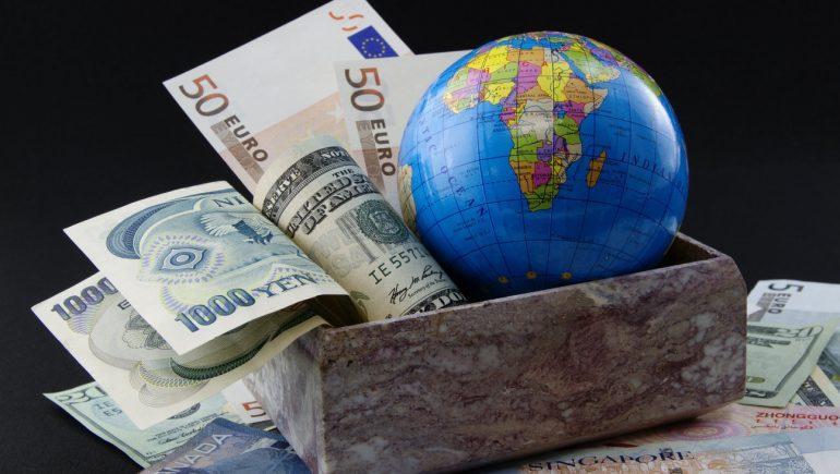 الاستثمار العالمي