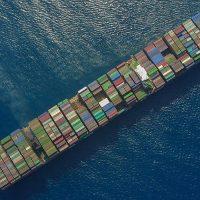 الصادرات ؛ الواردات ؛ التبادل التجارى ؛ الجمارك ؛ النقل البحرى ؛ الشحن