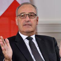 جى بارميلان، وزير الشئون الاقتصادية والتعليم والبحث السويسرى