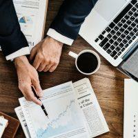 الاستثمار ؛ الادخار