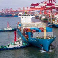 الصادرات ؛ الواردات ؛ النقل البحرى ؛ الشحن ؛ الجمارك