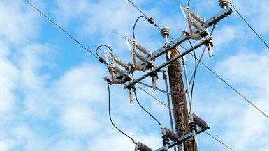خطوط الكهرباء
