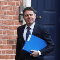 وزير المالية الأيرلندى باسكال دونوهو