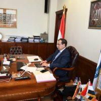 وزير البترول خلال اجتماع خالدة للبترول