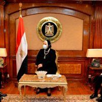 مصر تسعى للاستفادة من الخبرة الكورية فى الصناعة وتنمية المشروعات الصغيرة والمتوسطة