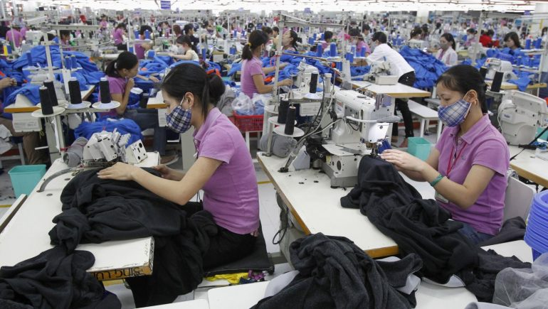 صناعة الملابس الصينية ؛ الصين