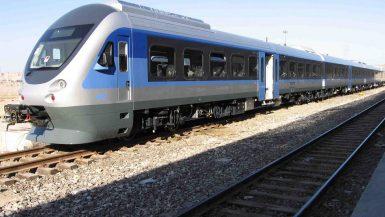 القطار الكهربائى السريع