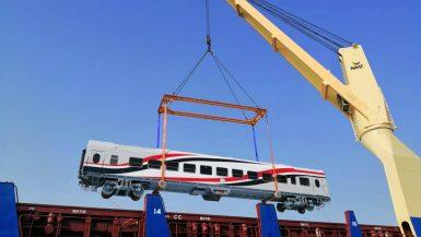 وزير النقل: وصول 22 عربة سكة حديد جديدة إلى ميناء الأسكندرية