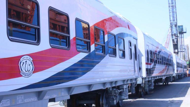 عربات القطارات