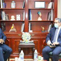 وزير السياحة يناقش مع رئيس ماريوت العالمية إقامة فنادق 3 و4 نجوم بالمدن السياحية