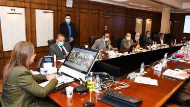 الحكومة تناقش الخطط الاستثمارية فى 27 محافظة خلال العام المالى المقبل
