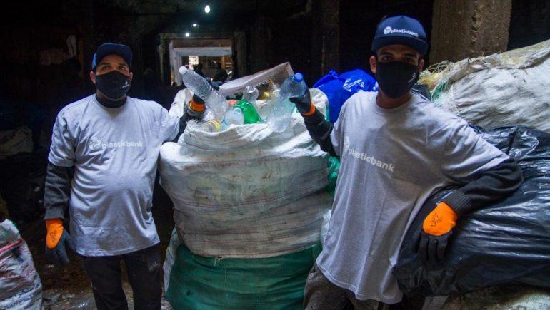 «هنكل مصر» تفتتح 3 مراكز لتجمع البلاستيك بالتعاون مع «بلاستيك بنك»