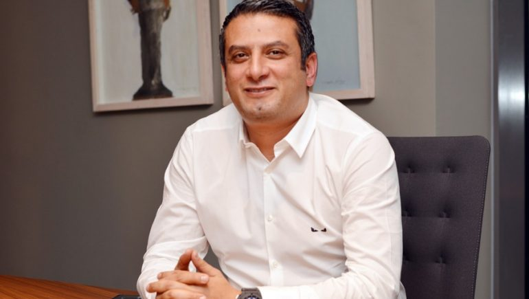 هيثم عبد العظيم الرئيس التنفيذى شركة أورا للتطوير العقارى