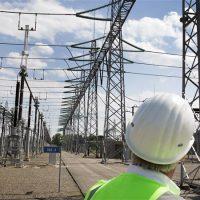 «الكهرباء» تعد اللائحة التنفيذية وضوابط منتجى الطاقة المستقلين قبل نهاية العام