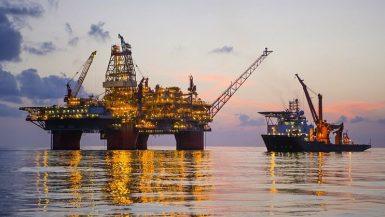 %80 من إنتاج النفط الأمريكى فى خليج المكسيك لا يزال معلقًا