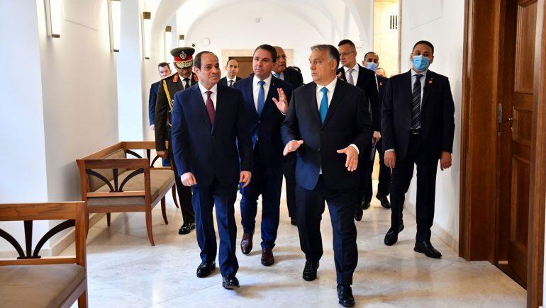 """""""السيسى"""" يؤكد اهتمام مصر بتطوير العلاقات مع المجر والارتقاء بها فى كافة المجالات"""