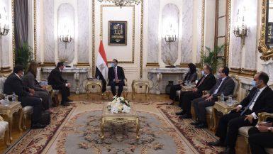 رئيس الوزراء: مصر تعمل على تحقيق معدلات نمو عالية فى ظل تحديات استثنائية