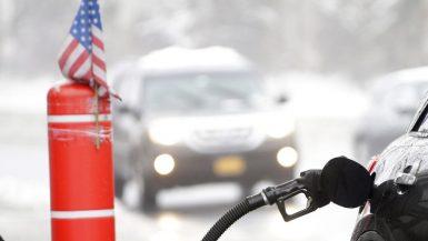 الطلب على البنزين فى الولايات المتحدة الامريكية